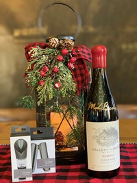 Holiday Gift Pack- Winemaker Reserve Pinot Noir